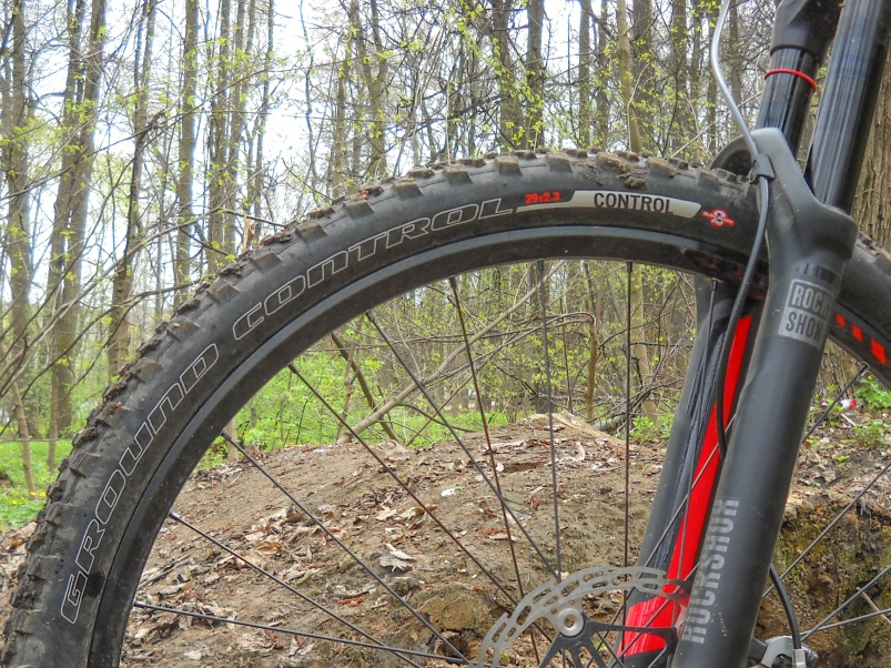 Blogger's name Aveega: Тест-обзор трейловой покрышки Specialized Ground Control 2BR.