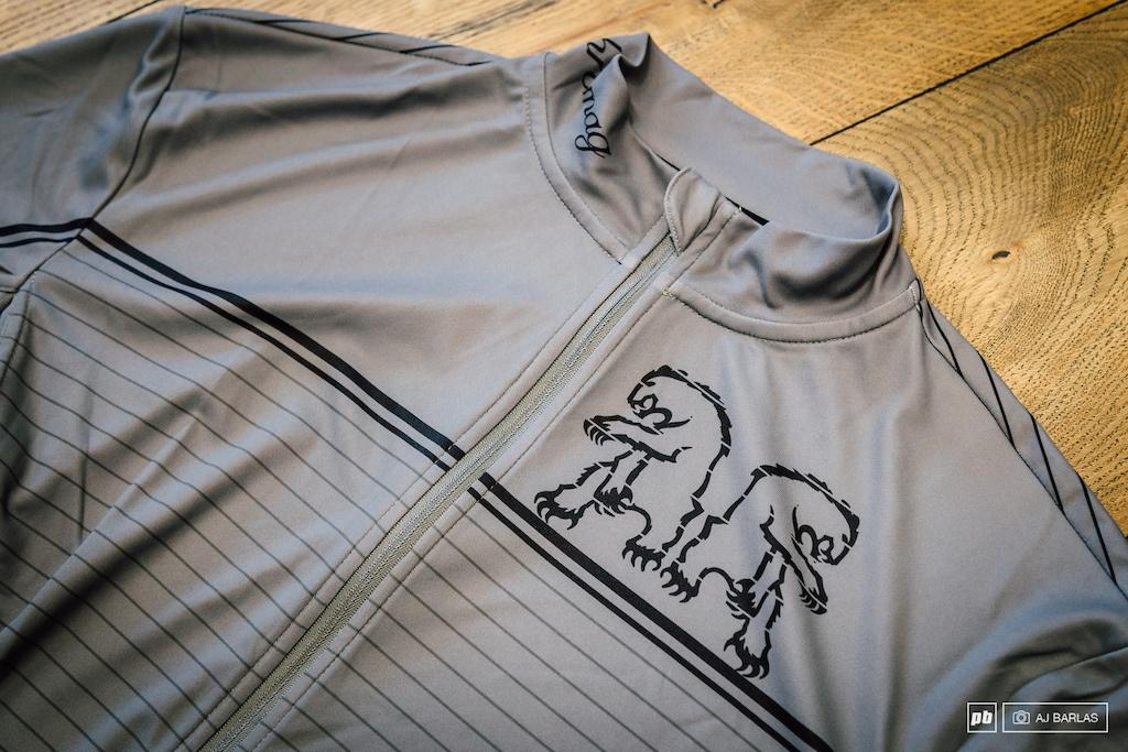 Blogger's name Aveega: Свершилось… Chromag выпустили линейку одежды для катания.