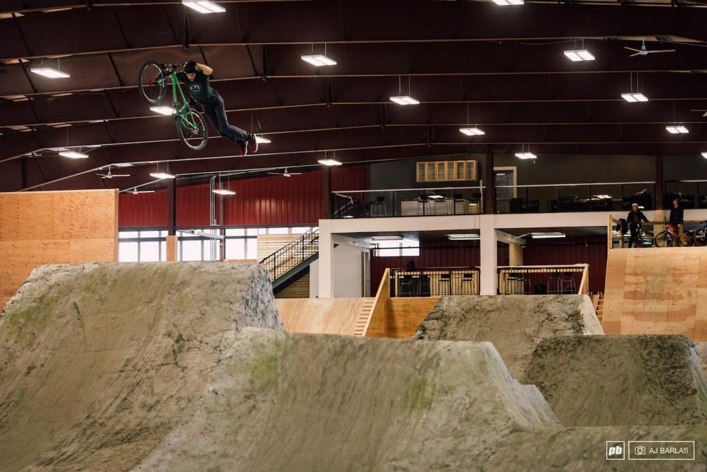 Roll All Day: RAD Dirt Park - сбор продолжается