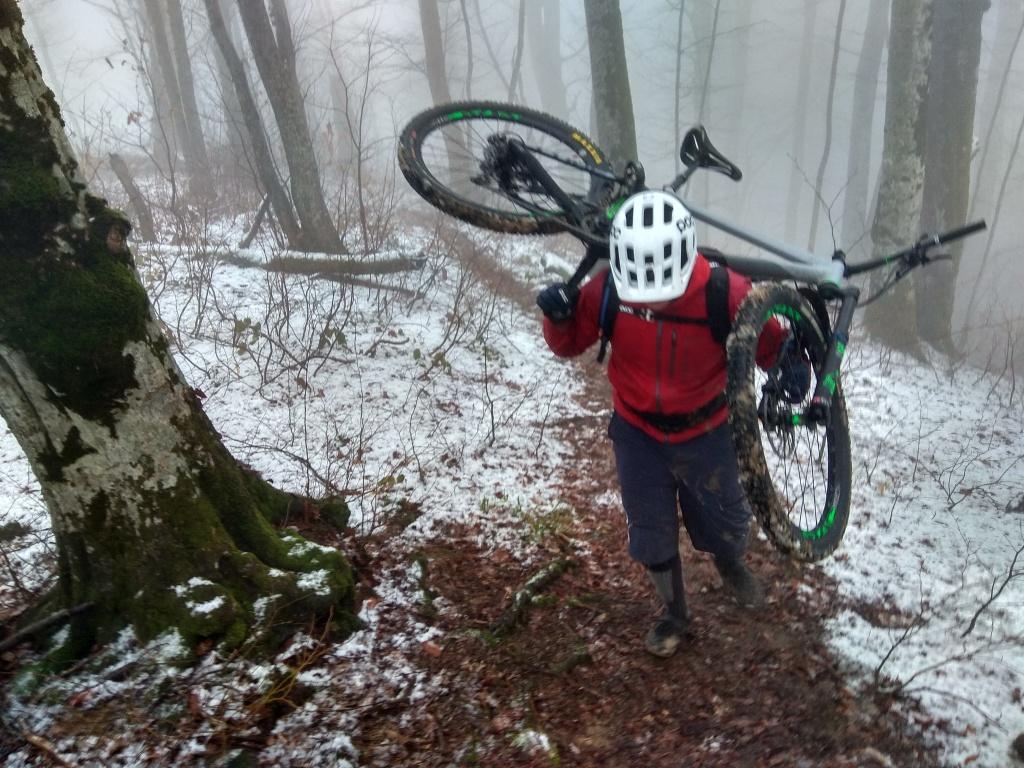 Блог им. ZoozR: Подъем на гору Семеновский шпиль. Из субтропиков в зиму за 2 часа. Сочи.