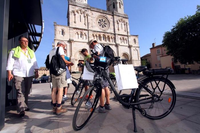 Блог им. TataProfatilo: Туристическая эскапада на электровелосипедах