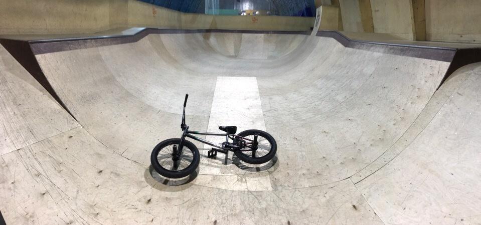 Блог им. FaktStore: Новый крытый спот в Москве (скейт-парк ALLPROACADEMY)