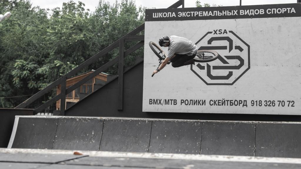 Блог им. vladbakumenko: Краснодарские заметки или парковый мтб (нет, не байкпарковый, а тот что из дерева и на ровной площадке)...