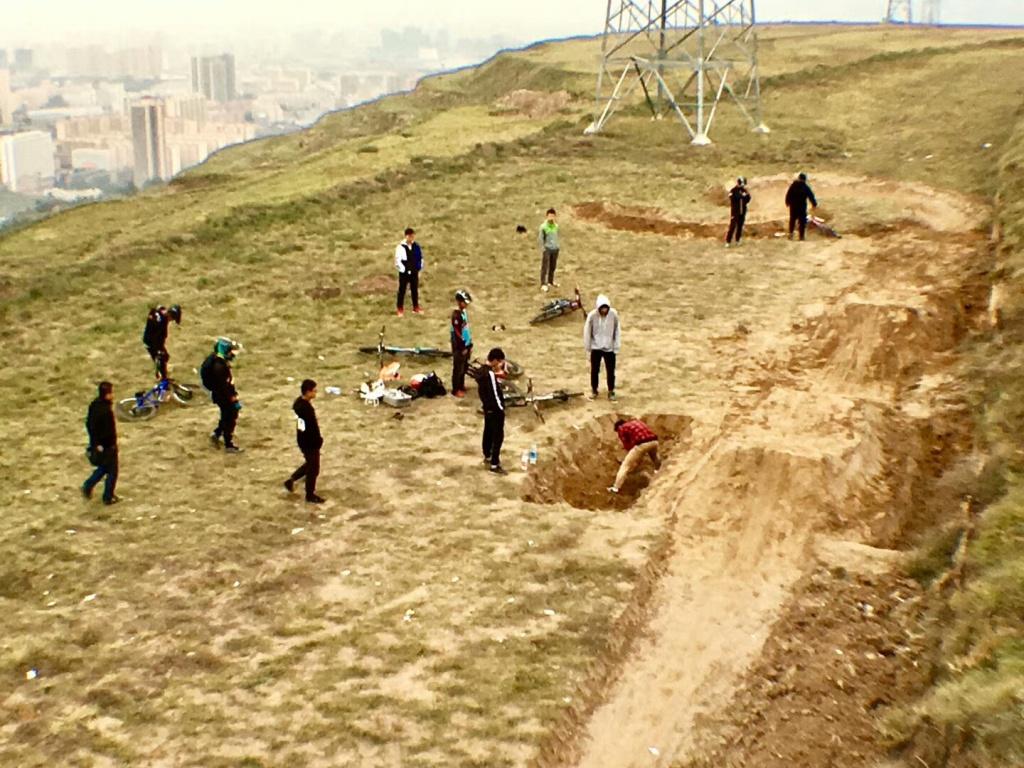 Блог им. AlexVenom: Скольжение по лотосу красного дракона, или развитие ДХ в Китае (Фото, трафик)