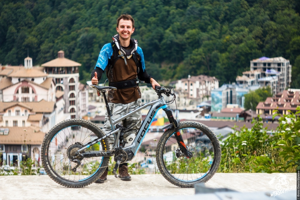 Gorky Bike Park: Один день из жизни парка. Bike check