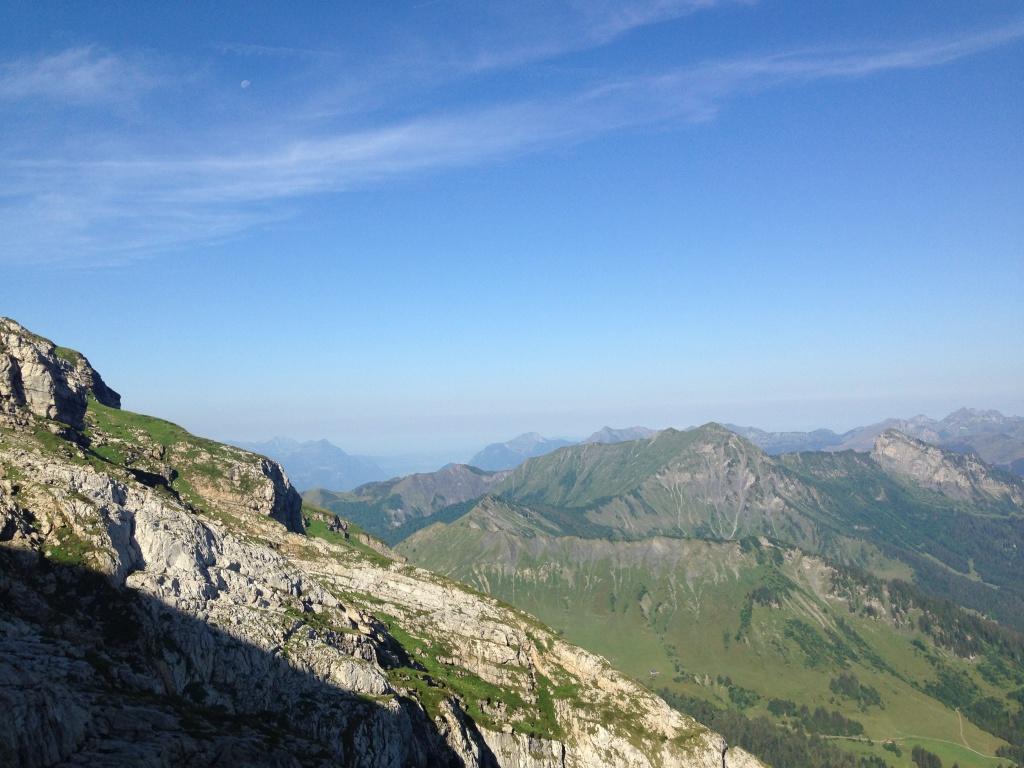 Блог им. CrazzyKat: Холодная ночевка и эндуро-туризм в Альпах.