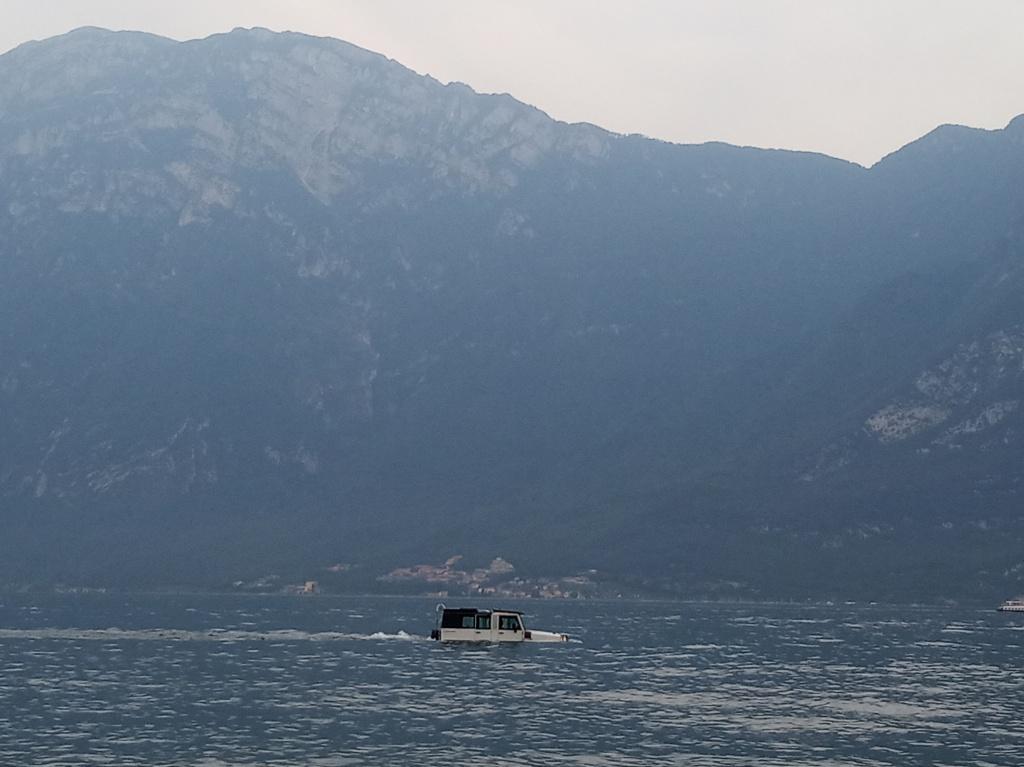 Блог им. CrazzyKat: Один черный трейл на озере Гарда